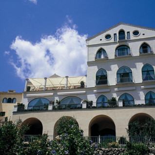 Hotel Caruso, luxury hotel in Italy