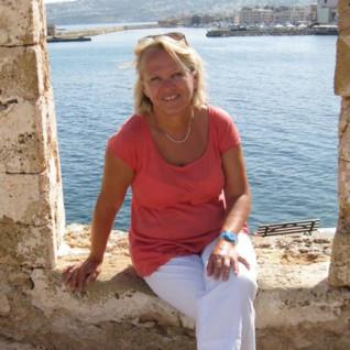 Image of Caroline Charnock