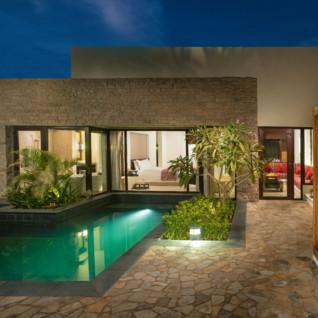pool villa full angle