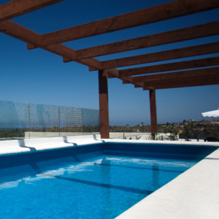 The swimming pool at Hotel Guaycura, luxury hotel in Mexico