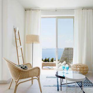 Room with a View, Eagles Villas