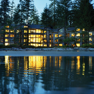 Beach at Wickaninnish Inn, luxury hotel in British Columbia, Canada