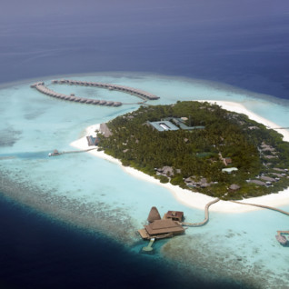 Anantara Kihavah Maldives, luxury hotel in the Maldives