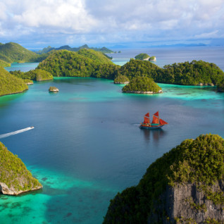 Explore Indonesia by Luxury Yacht