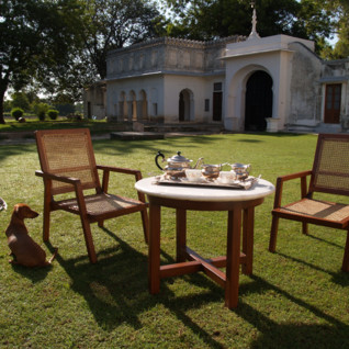 Garden at Shapura Bagh, luxury hotel in India