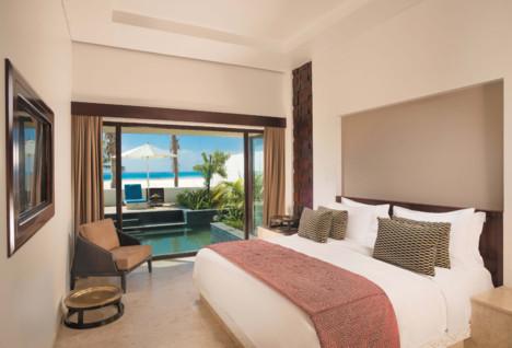 Anantara Al Baleed Bedroom