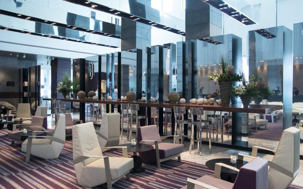 royal beach tel aviv luxury hotel israel original travel. Black Bedroom Furniture Sets. Home Design Ideas