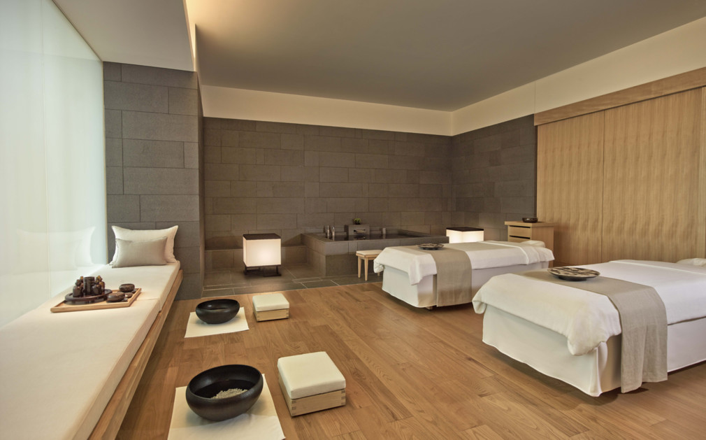 Aman tokyo otemachi luxury hotel japan original travel for Design hotel japan