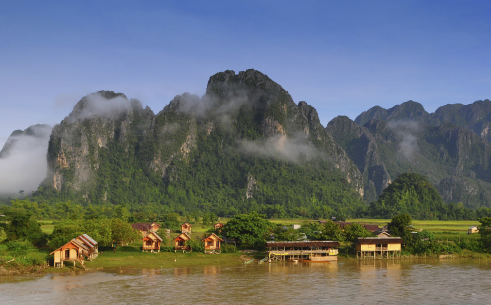 Luxury hotels resorts in luang prabang laos for Luxury hotels in laos