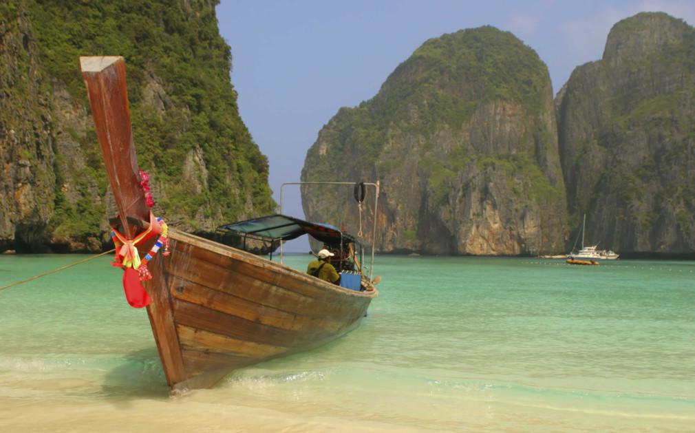 how to go to phuket thailand from manila