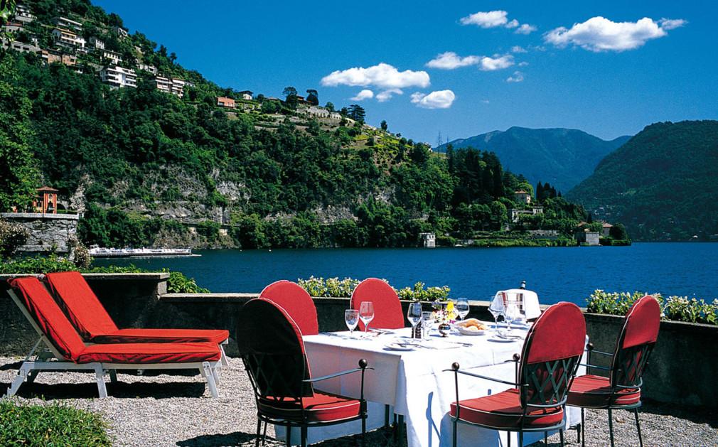 Villa d 39 este lake como luxury hotel italy original travel for Hotel villa d este como