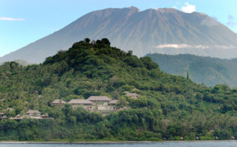 Picture of Mt Agung at Amankila