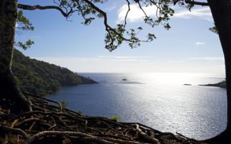 Picture of beautiful lagoon in Fiji