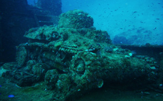 Picture of a wrecked tank in Chuuk Lagoon