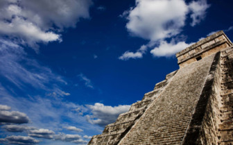 Picture of Mayan ruins Mexico