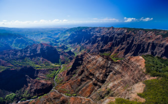 Picture of Hawaii mountainous scenery
