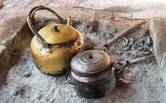 Pots cooking tea