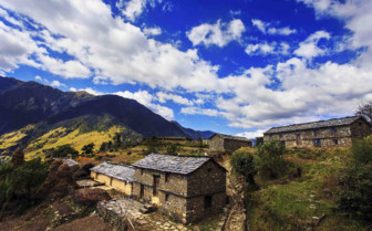 Old buildings, Indian Himalayas