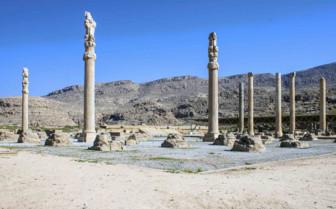 Towering Ruins of Persepolis