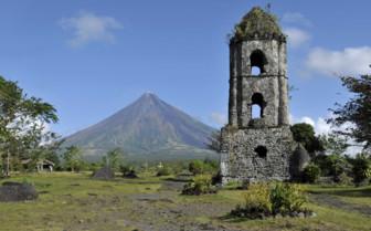 Mayon Volcano with Ruins