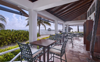 Bar at Victoria House, Ambergris Caye