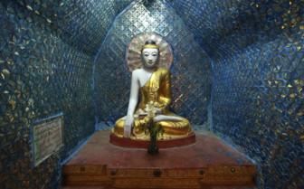 Blue Burmese buddha