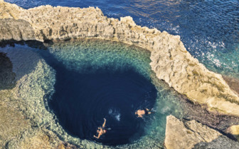 Blue hole at the Azure Window