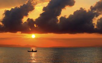 Sunset Over Lake Mawali