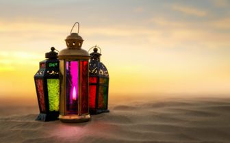 Lanterns in the Desert, Dubai