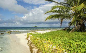 Belize island north side