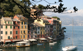 Picture of the Italian fishing village of Portofino - a great luxury holiday destination