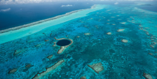 Picture of the Belize barrier reef