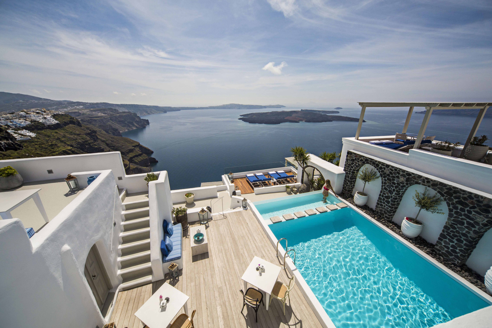 Iconic santorini luxury santorini hotel original travel for Hotels santorin